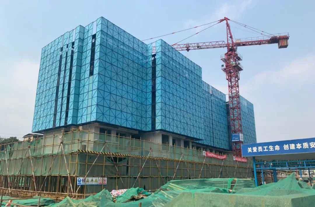 城口6.22山阳区城中村改造工地爬架网安装情况